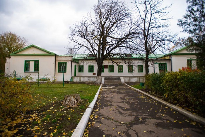 Музей-садиба В. І.Немировича-Данченка