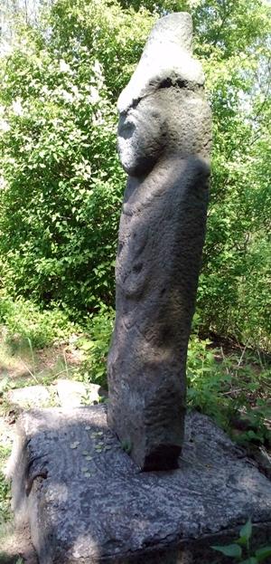 Кам'яна баба 8