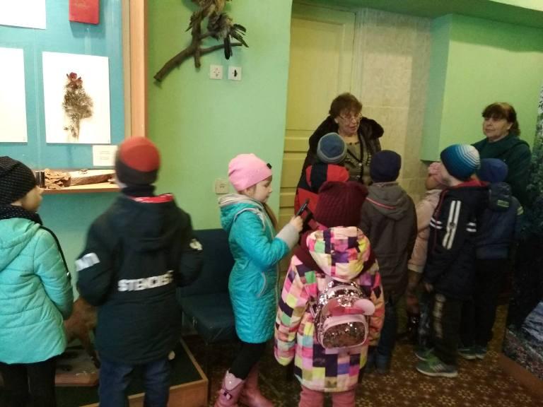 Діти в музеї
