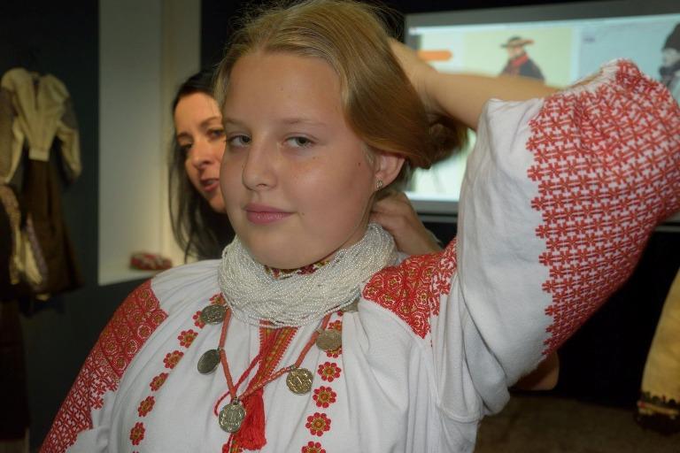 Мода передмістя Косова середини ХХ ст. 4