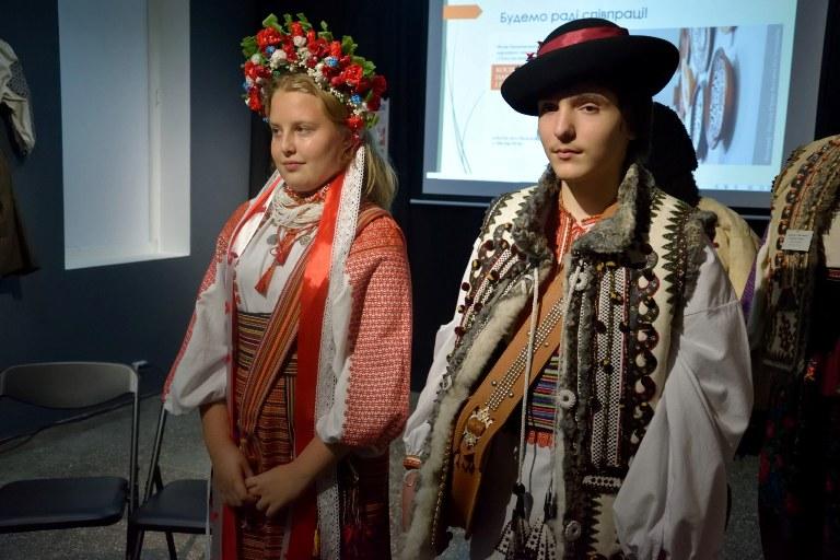 Мода передмістя Косова середини ХХ ст. 7
