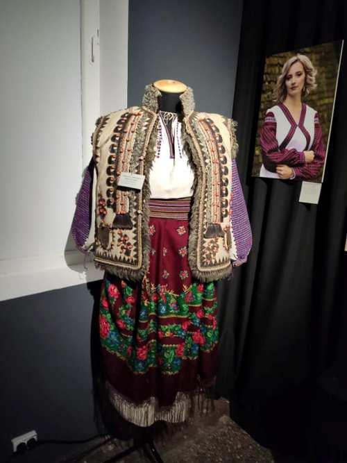 Одяг, люди та мистецтво - 10