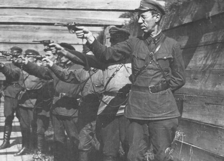 """""""Політичні репресії на Донбасі у 1920-1930-ті рр."""""""